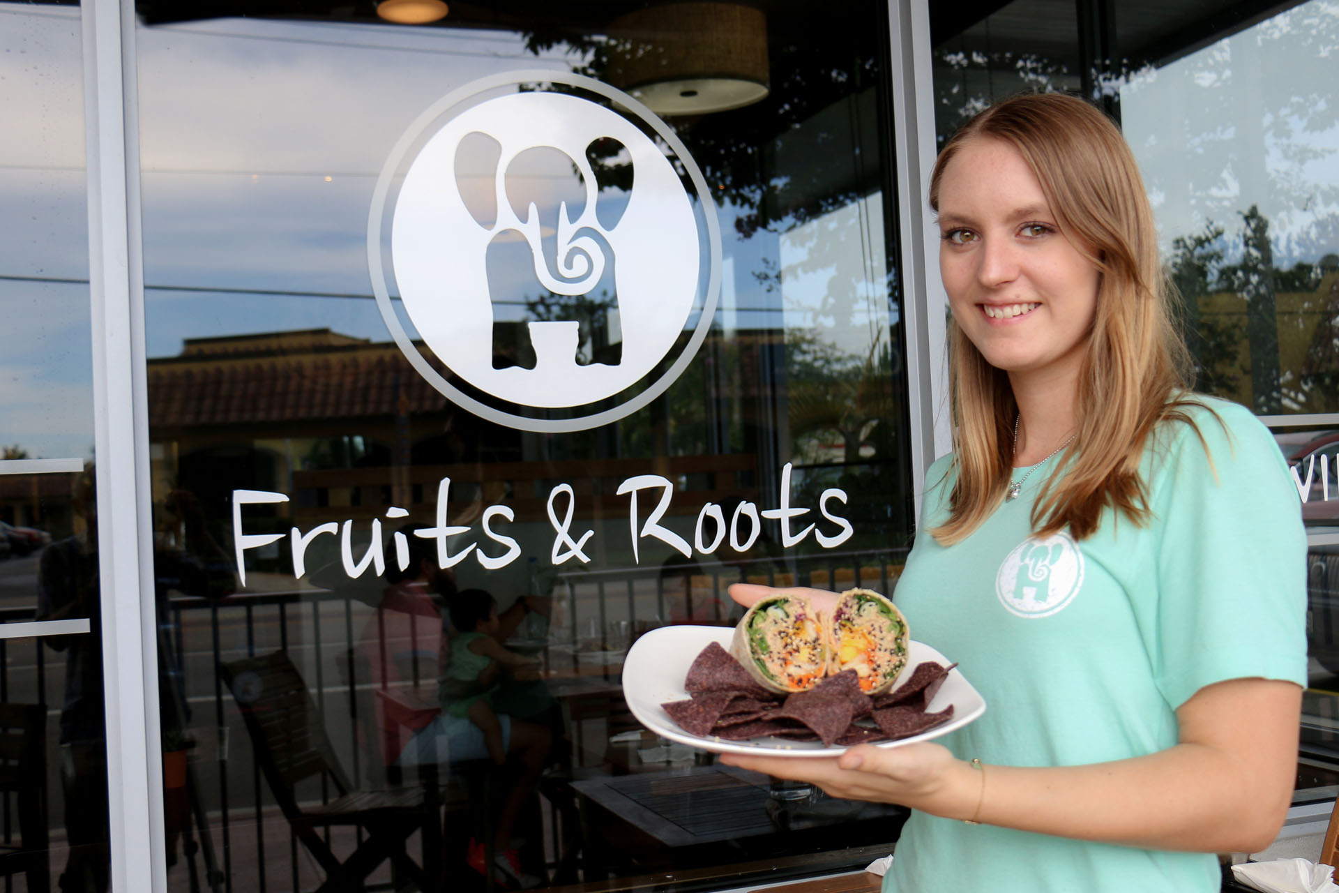 Fruits and Roots Juice Bar